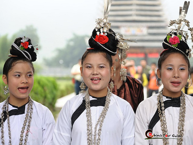 Chejiang Dong Village Girls