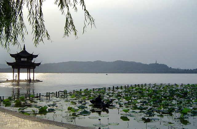 hangzhou_West_Lake.jpg