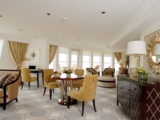 Yangzi Explorer Celestial and Imperial Suite