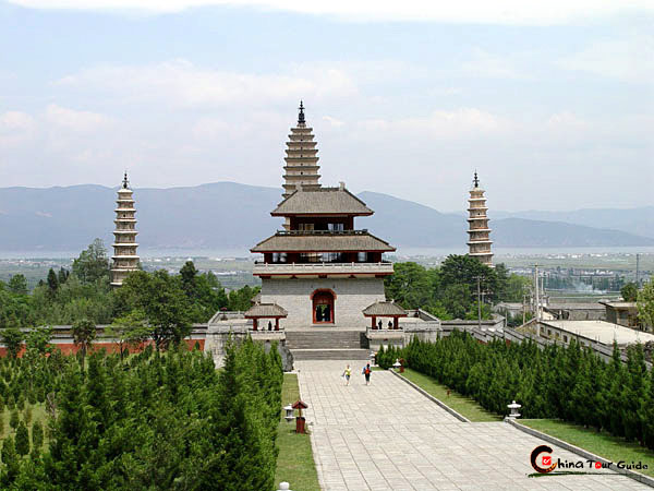Three Pagodas in Chonghsheng Monastery