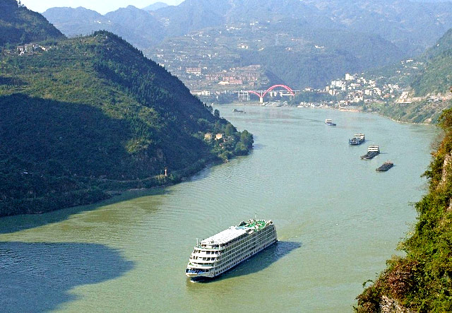 The Three Gorges, Yangtze River Cruise